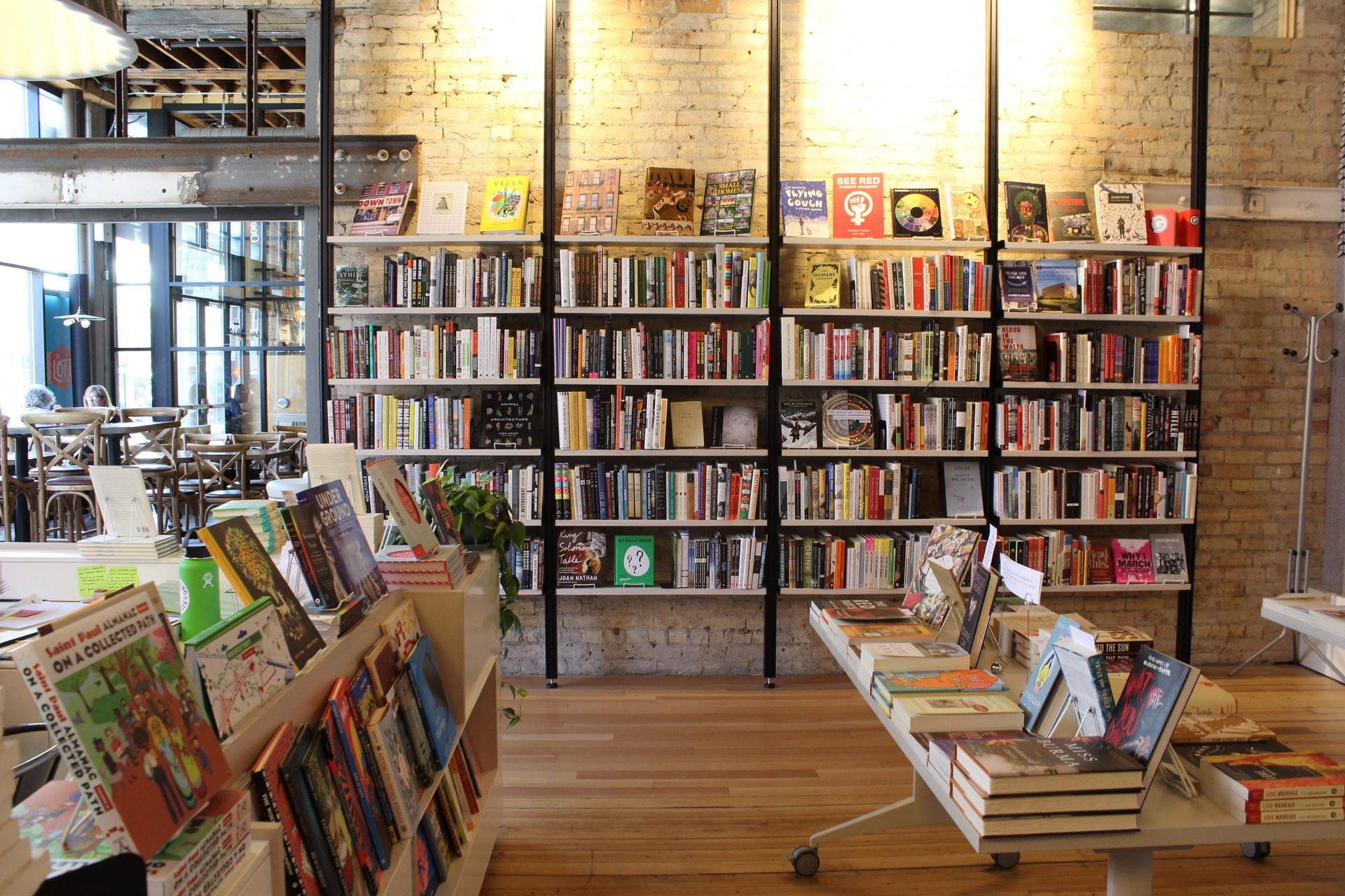 Kinh doanh sách online